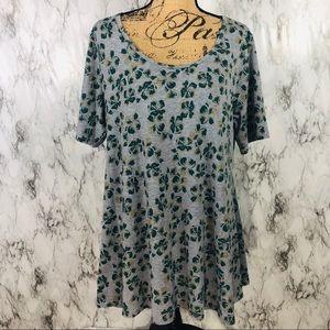 Luluroe Simply Comfortable Clover Shirt